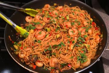 Garlic Shrimp Noodles
