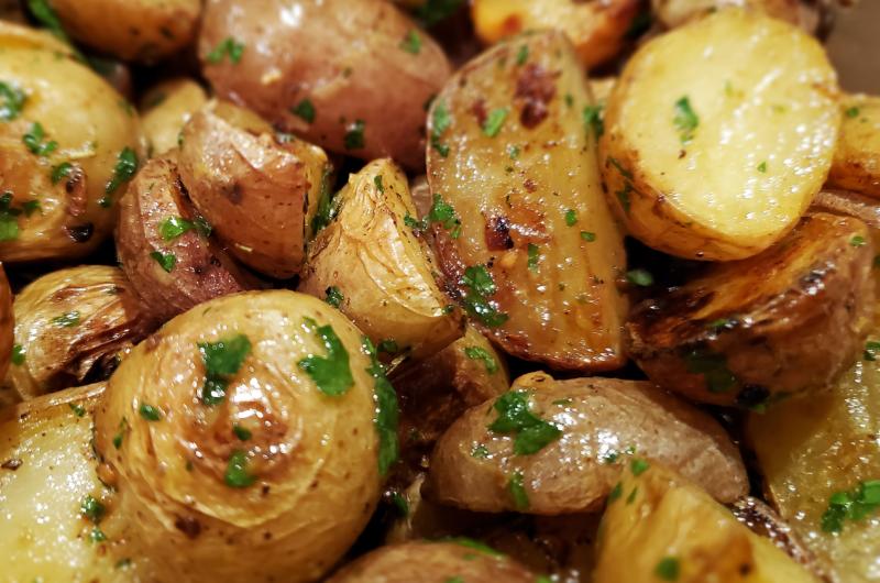 Lemon and Garlic Roasted Potatoes